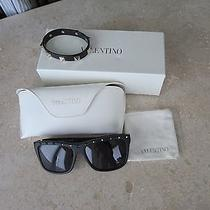 Valentino Rockstud Black Sunglasses  Bracelet V606 New Photo