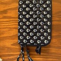 Vera Bradley Blue and White Quilted Zip Around Wristlet/wallet Photo