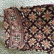 Vera Bradley Lunch Box in Medallion Photo