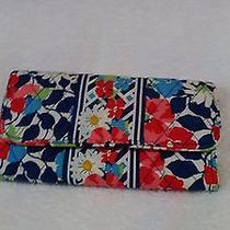 Vera Bradley Summer Cottage Galley Trifold Wallet Gently Used. Photo