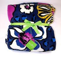 Vera Bradley - Throw Blanket in African Violet  Nwt Photo