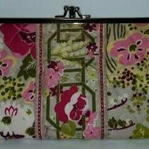 Vera Bradley Triple Kisslock Wallet/clutch in Retired Make Me Blush Pattern Euc Photo