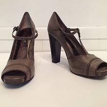 Vera Wang Rosella Taupe Leather Womens 10m Strappy Peep Toe Heels Buckles 4 3/4