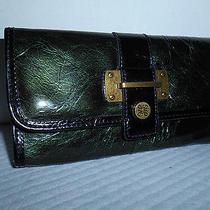 Vera Wang Simply Vera Emerald Green Patent Look Clutch/wallet Nwot Photo
