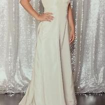 Vera Wang Wedding or Bridesmaid Dress Photo