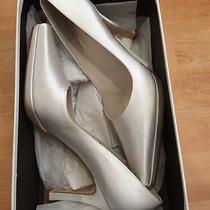 Vera Wang Wedding Shoes Photo