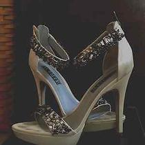 Vera Wang White Ivory Satin Encrusted Wedding Shoes Size 8 Photo