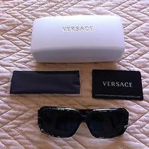 Versace Sunglasses (Women) Photo