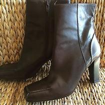 Via Spiga Brown Leather Ankle Boots Sz 8 Square Toe Zipper Closure Wood Heels Photo