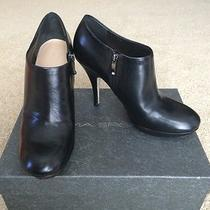 Via Spiga Sheri Black Leather Side Zip Shoes Ankle Boots Booties Heels Size 8(m) Photo
