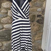Vince Camuto Navy and White Dress Size Small.  Photo