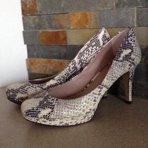 Vince Camuto Platform Heel Pumps Snakeskin Texture Size 7.5m  7 1/2 Photo