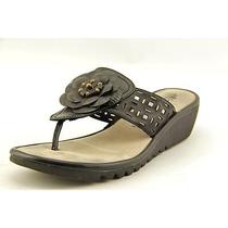 Vince Camuto Sorce Womens Size 8 Silver Leather Slingback Sandals Shoes Used Photo