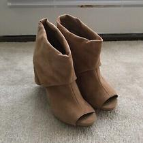 Vince Camuto Suede Ankle Booties Us 6 Camel Beige Tan Photo