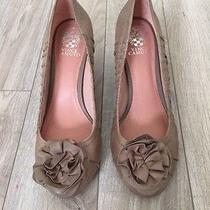 Vince Camuto Taupe Brown Leather Ruched Sides Flower Pumps Heels Womens 9  Photo