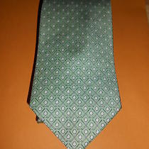 Vineyard Vines  Green Golf Club and Ball Suit Tie  Photo