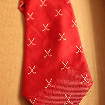 Vineyard Vines Martha Vineyard Silk Tie Red With Criss Cross Golf Clubs Photo
