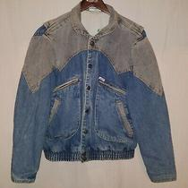Vintage 1986 Guess Men's Size Small Blue and Gray Stonewashed  Snap Jean Jacket  Photo