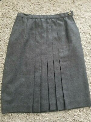 Vintage Chanel grey wool skirt, size 38 Photo