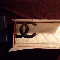 Vintage Coco Chanel Paris  White Tri Fold Wallet Quilted Pattern Photo
