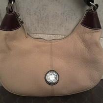 Vintage dooney&bourke All Weather Leather Soft Pebbled ivory& Brn. Handbag Purse Photo