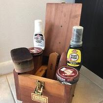 Vintage Griffin Shinemaster Shoe Shine Box Set Accesories Photo