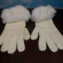 Vintage Ladies Avon Gloves 1988 in Winter White Acrylic Photo