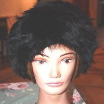 Vintage Ladies Made in Italy Black Tuscan Lamb Skin Fur Winter Hat  Photo