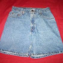 Vintage  Levi's 550 Women's Relaxed Fit Blue Denim Shorts  High Risewaist 31