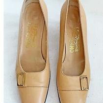 Vintage Salvatore Ferragamo Pumps Block Heel Tan Nude 6.5 B Gold Buckle Shoes Photo