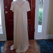 Vintage Vanity Fair Nightgown Pearl Blush Color Size Large 100% Nylon Made in Us Photo