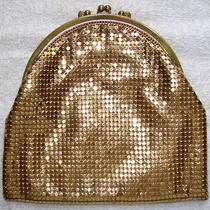Vintage Whiting & Davis Gold Metal Mesh Clutch Style Handbag  Purse Photo