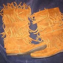 Vintage Women's Minnetonka Suede Three Tier Fringe Moccasin Boots Size 6 1638 Photo