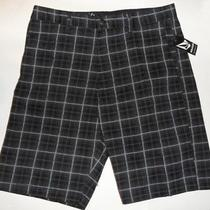 Volcom Frickin Painted Plaid Chino Walk Shorts Sz 31 Photo