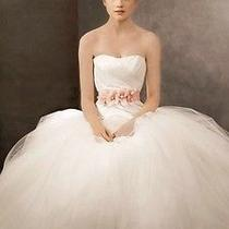 Wedding Dress Size 10 White by Vera Wang Ball Gown Photo