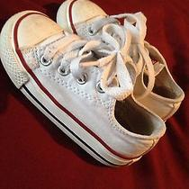 White Lowtop Converse Sz6c Gently Worn Still Look Great Photo