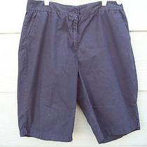 Woman Bermuda Shorts Size 16 Xl 34