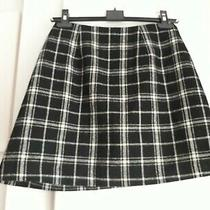 Woman's  Black/white Check Lined Skirt Size 6 Photo
