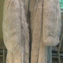Woman's Blush Fox Fur Coat From Expensive High End Fur Shop Pristine Photo