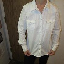 Woman's Levi's Shirt (Medium) Photo