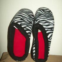 Woman's Memory Foam Slippers Size 11-12 New Avon Photo
