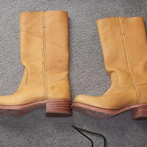 Womans Boots Photo