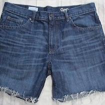 Womans Gap Boyfriend Jean Shorts Size 27t Cutoff Raw Hem 5.5