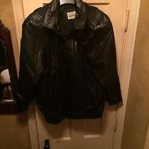 Womans Large Black Leather Bomber Jacket Photo