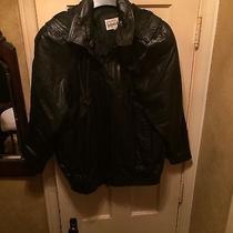 Womans Large Black Leather Bomber Jacket Photo