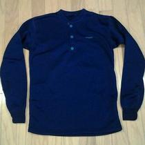 Womans Patagonia Pullover Sweatshirt Photo