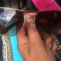 Womans Ray Ban Sun Glasses  Photo