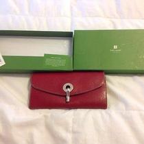 Womans Wallet Photo