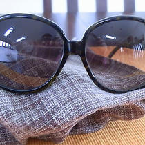 Women Fendi Sunglasses S5203 -Tortoise and Green Photo