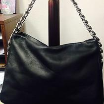 Women Handbag Photo